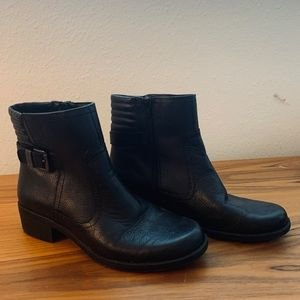 Anne Klein Black Leather Boots/Booties Size 9.5